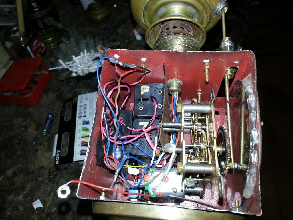 Meccanismo orologio con motorino elettrico